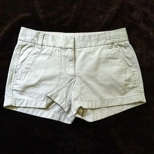 J crew broken in Chino shorts size 4